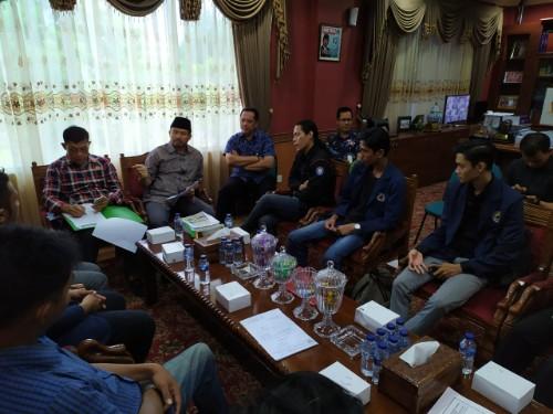 Pengurus BEM Unrika Bertemu Ketua DPRD Kota Batam